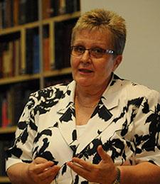 DR. SIPOS ANNA MAGDOLNA